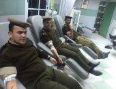صور.. طلاب كلية الشرطة يتبرعون بدمائهم لصالح مستشفى قصر العينى