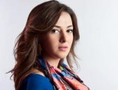 """دنيا سمير غانم رداً على السفير البريطانى: """"أنا فاضية السنة دى و بدوَّر على شغل"""""""