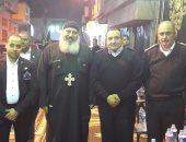 بالصور.. حسن وجورج يقيمان عزاء مشتركا لشهداء الهرم والكنيسة البطرسية