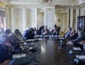 """""""صحة البرلمان"""" تناقش مخالفات الحكومة باستخدام مواد ضارة فى تصنيع الدواء"""