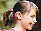"""""""جونير"""" تحتاج لعملية زراعة قوقعة بالأذن.. ووالدها يناشد بسرعة العلاج"""