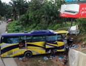 إصابة 6 أشخاص نتيجة اصطدام شاحنة بحافلة ركاب فى مدينة ليبيتسك الروسية