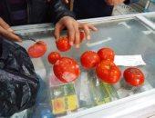 بالصور.. كيلو طماطم بـ10جنيه مقابل دخول امتحان بسوهاج.. والتعليم تحقق