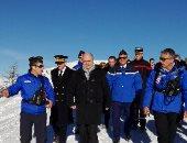 """وزير داخلية فرنسا يتفقد تدريبات شرطية وإنقاذ فى جبال """"هوت ألب"""" الفرنسية"""