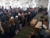 انتهاء صلاة الجنازة على رفات الطيار محمد عاصم بمسجد الصديق بمدينة نصر