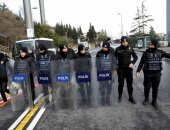 مجهولون يطلقون النار من سيارة على السفارة الأمريكية فى أنقرة