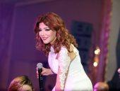 """بالفيديو والصور.. سميرة سعيد تشعل حفل رأس السنة بأغنية """"محصلش حاجة"""""""
