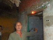 بالفيديو والصور.. أهالى شطانوف بالمنوفية يعيشون على اللمبة الجاز والشموع