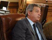 وزير الشباب يصل من الجابون وينتظر بالصالة الرئاسية لاستقبال الرئيس