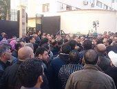 خلال ساعات.. الحكم على 19 متهمًا بالتظاهر وإثارة الشغب فى وسط القاهرة