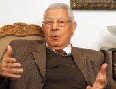نقل مكرم محمد أحمد للمستشفى عقب تعرضه لوعكة صحية
