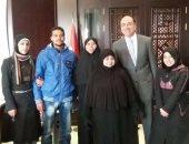 سفارة مصر بدمشق تنجح فى إجلاء عائلتين مصريتين من منطقة الاشتباكات بحلب