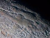 رصد كثبان من حبيبات الميثان المجمدة على الكوكب القزم بلوتو