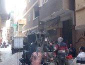 بالصور.. رئيس حى غرب شبرا يتحفظ على معدات بناء مخالف