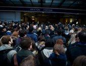 بالصور.. إضراب يسبب مزيدا من المعاناة لركاب القطارات فى لندن