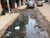 بالصور.. سكان شارع بطرس فى طنطا يشتكون من انتشار مياه الصرف الصحى