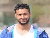 أحمد عادل عبد المنعم ينشر صورة مع والدته عبر إنستجرام