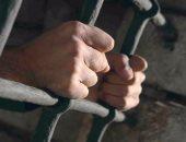 حبس 9 متهمين انتحلوا صفة شرطية للنصب على تجار آثار بالبدرشين