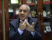 مصطفى بكرى: مشروع قانون لفرض ضرائب على إعلانات وأرباح فيس بوك وتويتر بمصر