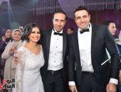 """بالصور.. نجوم الأغنية يشاركون محمد نور الاحتفال بزفاف شقيقه """"إسلام"""""""