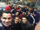 شاهد أحمد عيد يحتفل مع لاعبى المنتخب العسكرى بالفوز على الجزائر