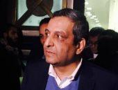 مد أجل الحكم على نقيب الصحفيين وعضوى المجلس فى إيواء مطلوبين لـ25 مارس