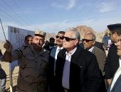 محافظ جنوب سيناء يتابع أعمال الترفيق لـ600 قطعة بالرويسات