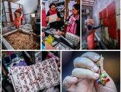 بالصور .. من قش الرز للإبداع مشروع إيناس خميس لتحويل الأزمة لفن مصرى 100%
