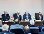 محافظ الإسكندرية يشدد على تقديم أفضل خدمات للمواطنين والارتقاء بالمستوى المقدم له