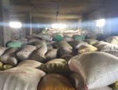 بالصور.. ضبط مزارع خزن 140 طن أرز وشعير لبيعها فى السوق السوداء بالشرقية