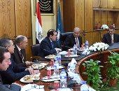 بالصور.. رئيس الوزراء يصل مقر وزارة البترول لمتابعة الخطة ومنظومة الكروت