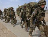 """جندى بريطانى يقطع رأس مسلح من """"داعش"""" شرق أفغانستان"""