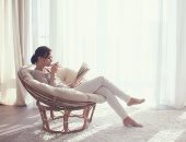 سيبك من كورسات الأنوثة.. 5 كتب لازم تقريها قبل الارتباط