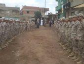 أهالى الدقهلية ينتظرون وصول جثمان الشهيد عراقى عبد المجيد لتشييعه