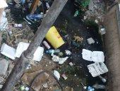 قارئ يشكو من الإهمال وتراكم القمامة بالمستشفى العام بأسوان