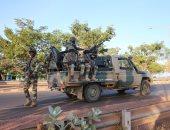 حكومة جامبيا تتهم مؤيدى الرئيس السابق بإيواء متمردين فى منازلهم
