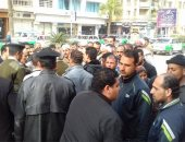 بالفيديو والصور.. أهالى قرية بالبحيرة يتظاهرون احتجاجا على عدم توصيل مياه نقية