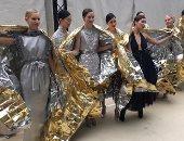 الكواليس الكاملة لعرض أزياء Chanel بين الاهتمام بالتفاصيل والرقص والصور