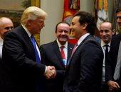 بالصور.. دونالد ترامب يلتقى قادة صناعة السيارات بالبيت الأبيض