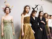 """بالفيديو والصور..شاهد كواليس التحضير لعرض """"Christian Dior"""""""