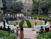 سفارة الهند بالقاهرة تحتفل بعيد الاستقلال الـ68 برفع العلم فى منزل السفير