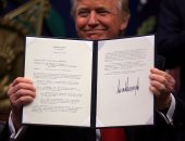 نجوم هوليوود يتحدون قرارات دونالد ترامب ويجمعون تبرعات للمهاجرين