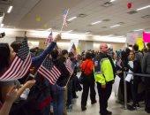 قاض أمريكى يمدد العمل بوقف قرار ترامب لحظر السفر إلى الولايات المتحدة