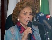 السفيرة مرفت التلاوى: اللاجئون بحاجة لتعليم وخدمات صحية وتدريب وتوعية