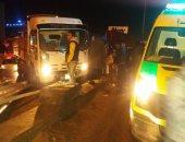 إصابة 10 اشخاص اثر حادث انقلاب ميكروباص بطريق الكريمات اتجاه الصعيد