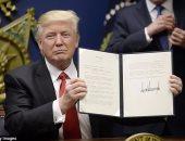انقسام الجمهوريين بالكونجرس من أصول عربية حول قرار ترامب بشأن الهجرة