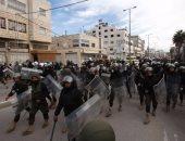 الأسرى الفلسطينيون المحررون المقطوعة رواتبهم يؤكدون استمرار احتجاجهم