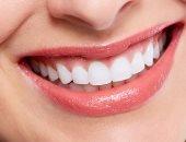 3 استخدامات جمالية لزيت الليمون من تبييض الأسنان لترطيب البشرة وتعطيرها