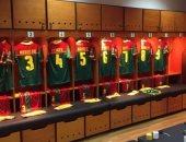 """شاهد غرفة ملابس لاعبى الكاميرون قبل مباراة مصر فى نهائى """"الكان"""""""