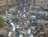 سكان شارع العشرين ببولاق الدكرور يشكون من الزحام المستمر بسبب سوء التنظيم